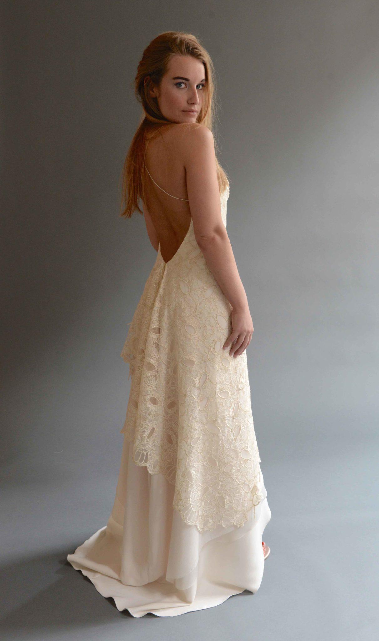 Bohemian trouwjurk laten maken met lage rug