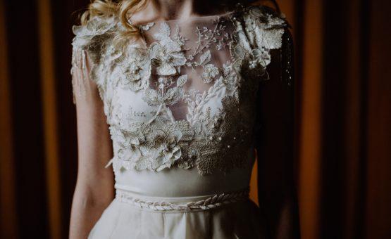 Handgemaakte vintage trouwjurk door Hanneke Peters Couture, Britt Laske Fotografie3, Imprint Weddings